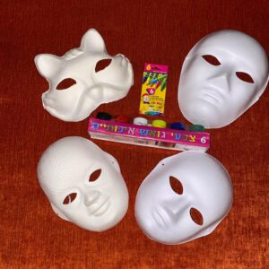 Conjuntos de máscaras que incluyen colores autopintados