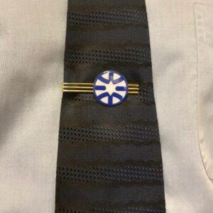 סיכה לעניבה