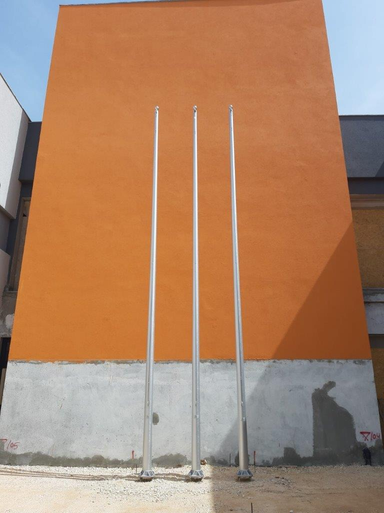 Tapered aluminum flagpole 8 meters installation in an office building in Camp 103 Ramla Home Front Command, distance between centers 85 cc